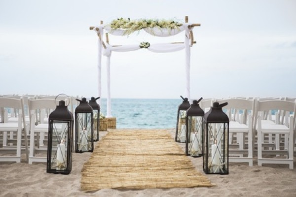 5 Essential Tips For Beach Weddings In South Florida