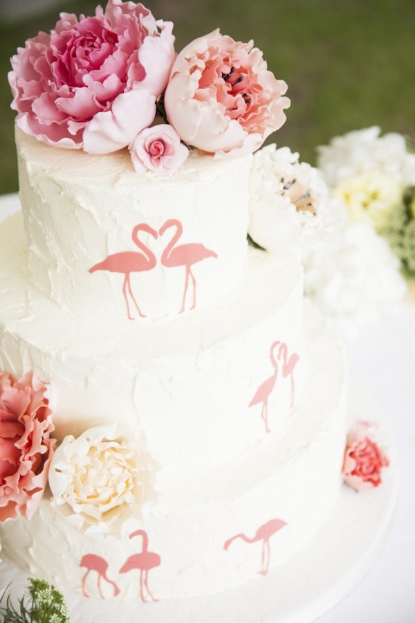 In Order To Pull Off A Flamingo Themed Wedding Mainly You Have Own The Idea Not Go Into Half Hearted Be Consistent Flamingos Are Hard Theme