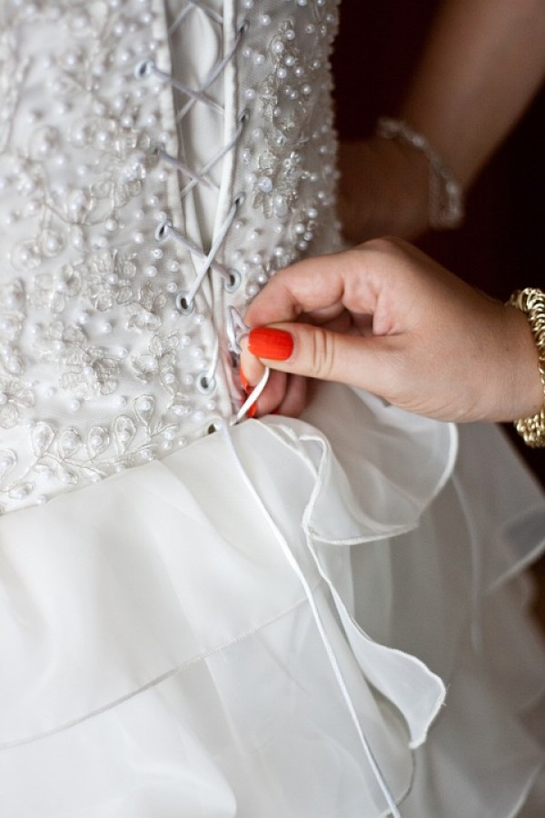 All About Sample Gowns for Your Philadelphia Wedding | Partyspace