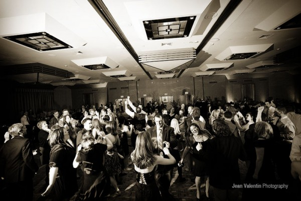 The Top 5 Dance Songs For 2016 Wedding Receptions In Philadelphia