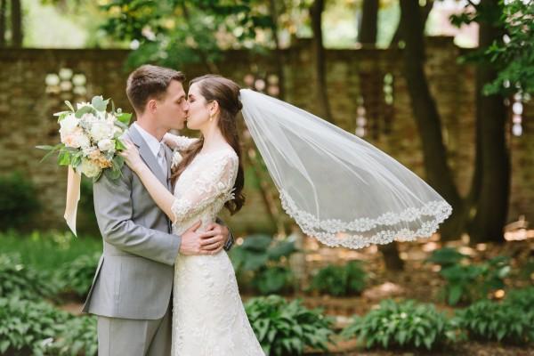 Wedding dresses in baltimore discount wedding dresses for Discount wedding dresses maryland