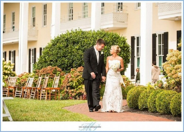 ea9baa77e Tips for Planning a Waterfront Wedding