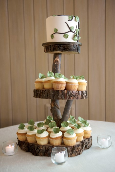 making a wedding cake stand stand up and make a statement with rustic wedding cake 17051