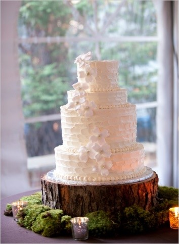 personalised tree trunk wedding cake stand stand up and make a statement with rustic wedding cake 18224