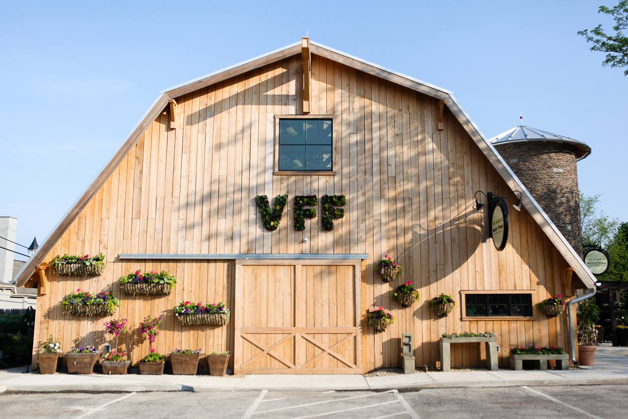 The Barn At Valley Forge Flowers Wedding Venue In