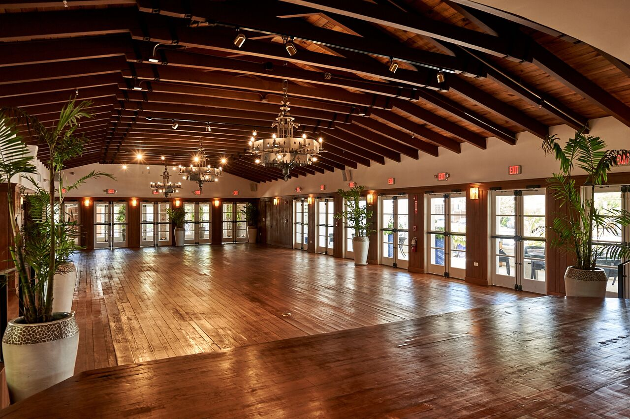 Miami beach woman 39 s club partyspace for Local venues for weddings
