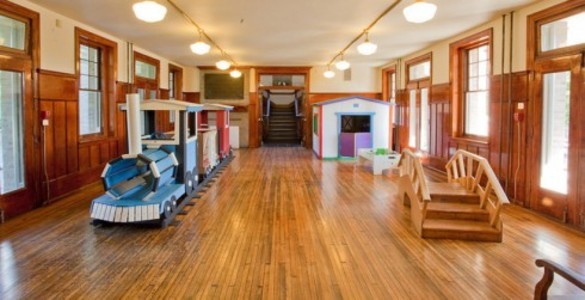 Smith Memorial Playground And Playhouse Partyspace