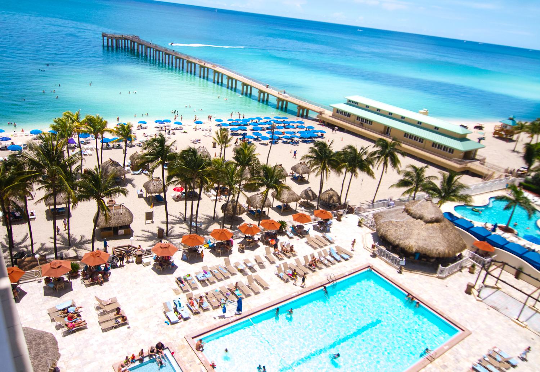 Newport Beach Resort Miami Pictures