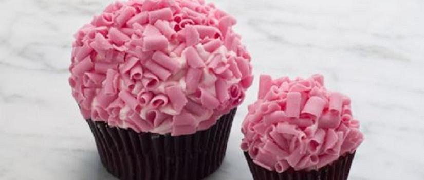 Divine Delicacies Cakes Laura